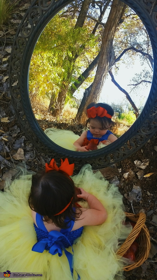 Mirror, mirror on the wall, Snow White Costume
