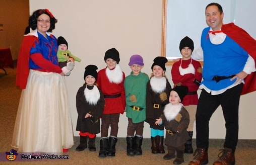 Snow White & the 7 Dwarfs and Prince Charming Family Costume