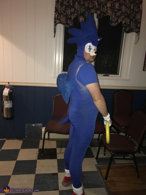 Side right, Sonic the Hedgehog Costume