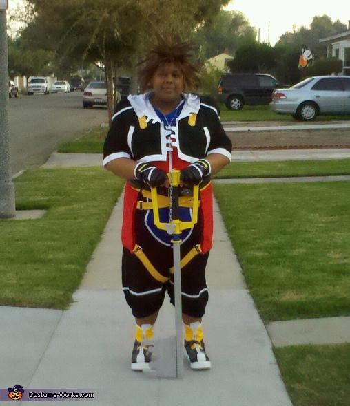 Sora Costume
