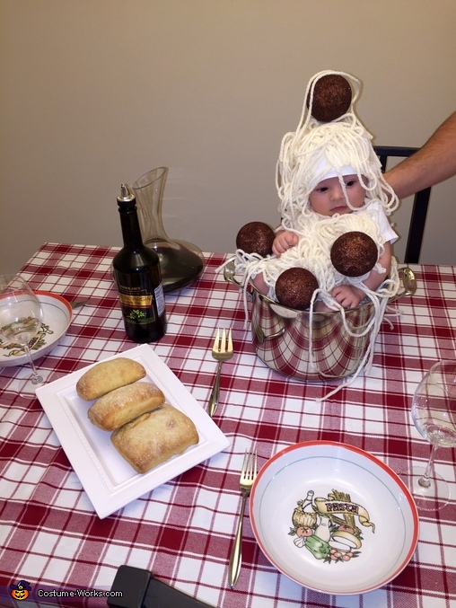 Dinner time!, Spaghetti and Meatballs Costume