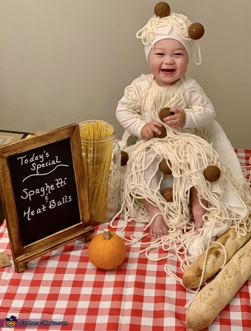 Spaghetti & Meatballs Homemade Costume