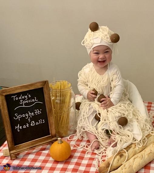 Spaghetti & Meatballs Homemade Costume