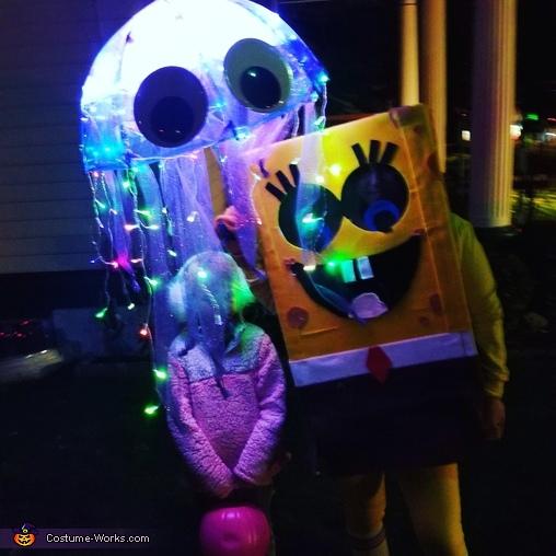 SpongeBob Jellyfishing Costume