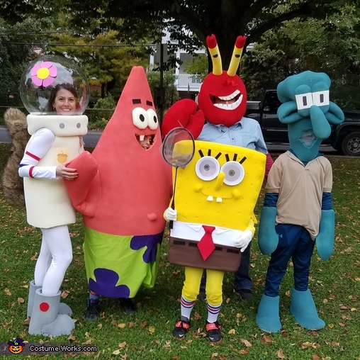 Spongebob Squarepants & The Krusty Krew Costume