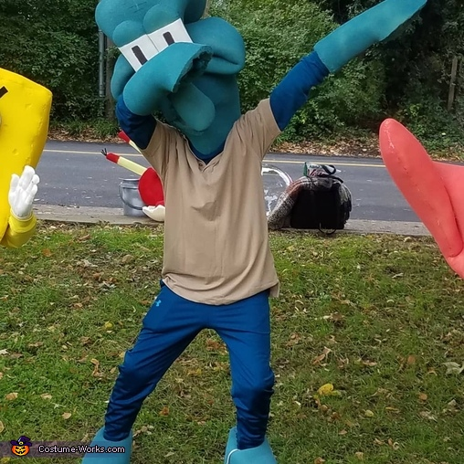 Squidward dabbing, Spongebob Squarepants & The Krusty Krew Costume
