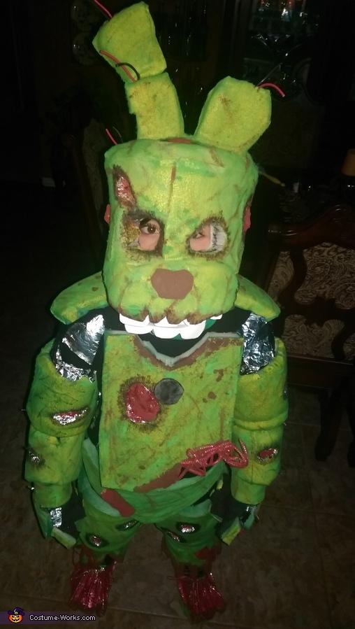 Benny, Spring Trap FNAF Costume