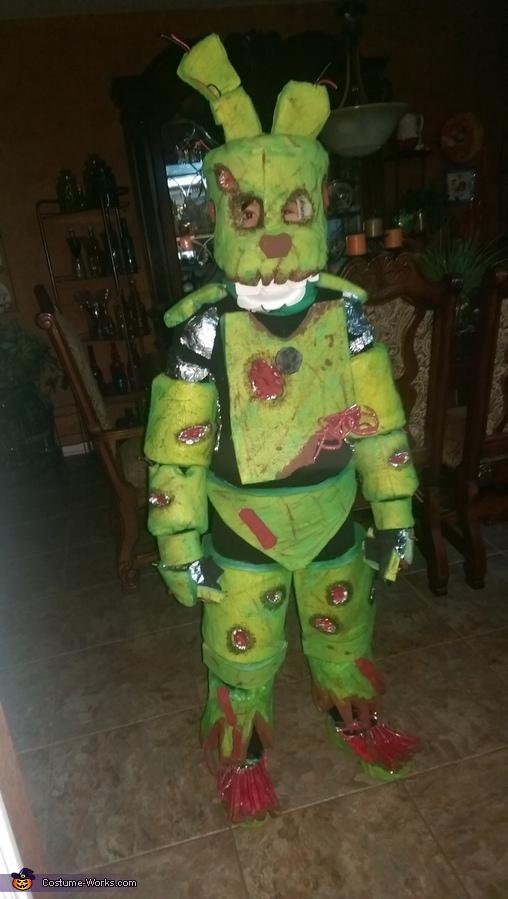 Benny blodgett, Spring Trap FNAF Costume