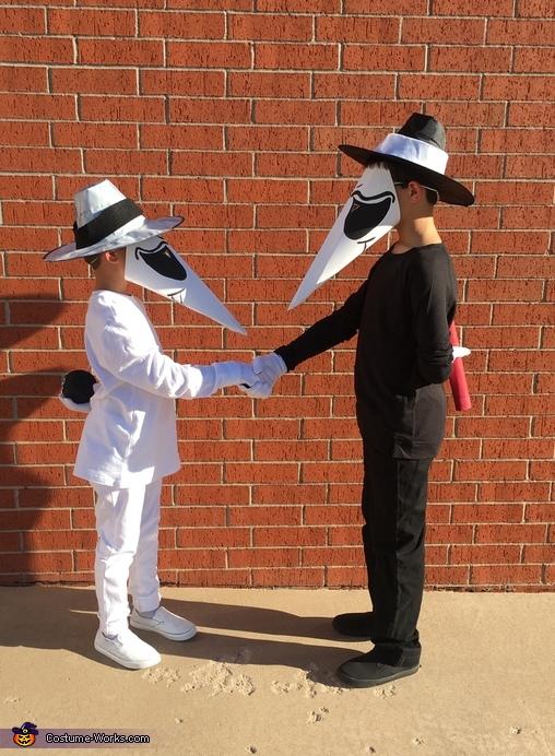 Spy vs Spy Costume