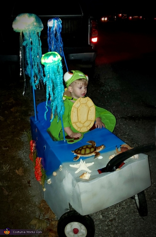 Squirt from Finding Dory Homemade Costume