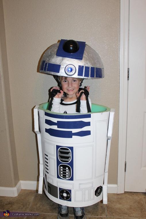 R2D2, Star Wars Family Costume
