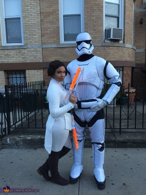 Princess Leia & Storm Trooper ready to take over, Star Wars Family Costume