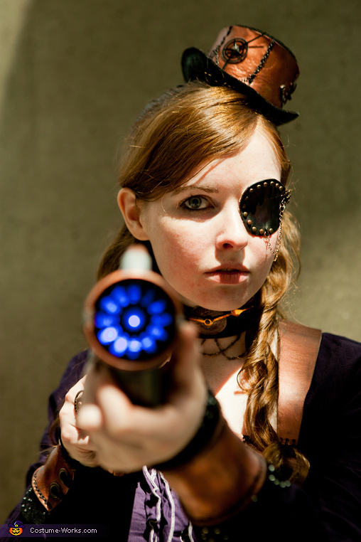 My modified ray gun that lights up. , Steampunk Assassin Costume