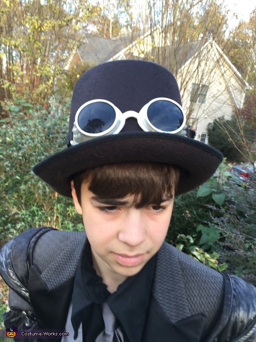 hat/goggles, Steampunk Civilian Costume