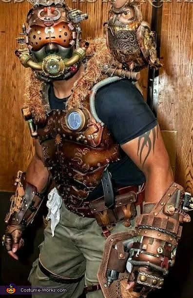 Krank Shaft the Steampunk Engineer with Archimedes the Owl