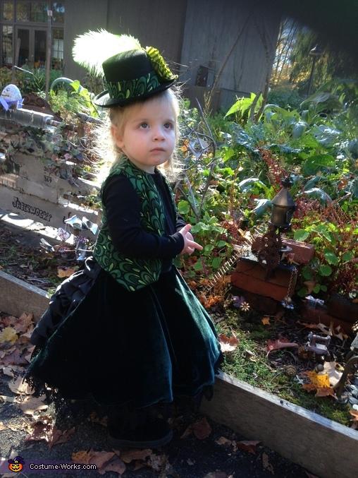 Steam Punk Mad Hatter in the Garden, Steampunk Mad Hatter Costume