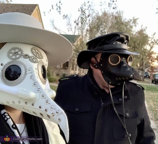 Steam Punk Plague Doctors-closeup, Steampunk Plague Doctors Costume