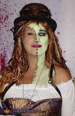 Close up make up photo, Steampunk Zombie Woman Costume