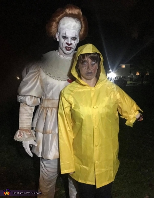 Stephen King\u0027s IT Couple Costume