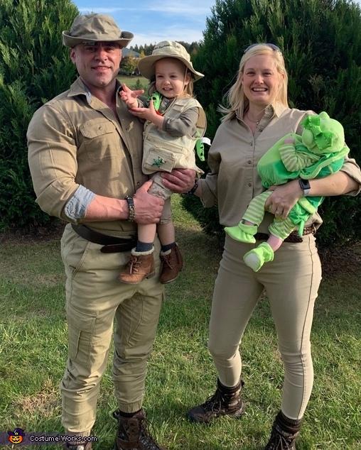 Steve Irwin Family Costume