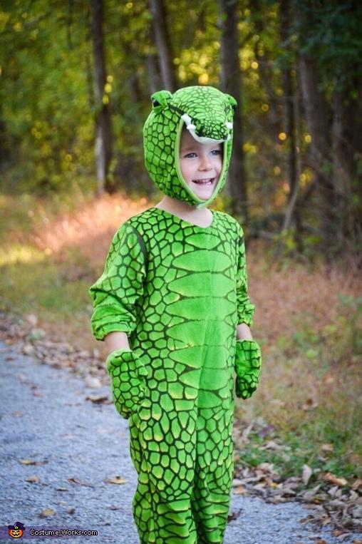 Steve Irwin & his Croc Homemade Costume