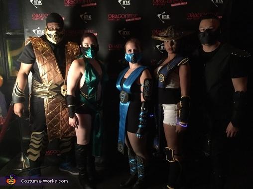 Group shot, Subzero Costume