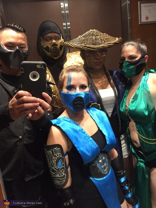 Alternate group shot, Subzero Costume