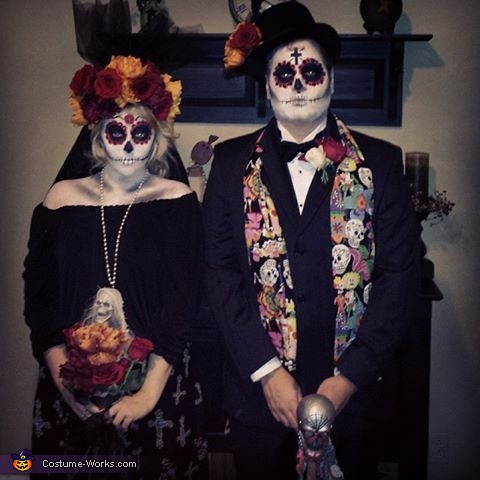 & Sugar Skull Couple Costume