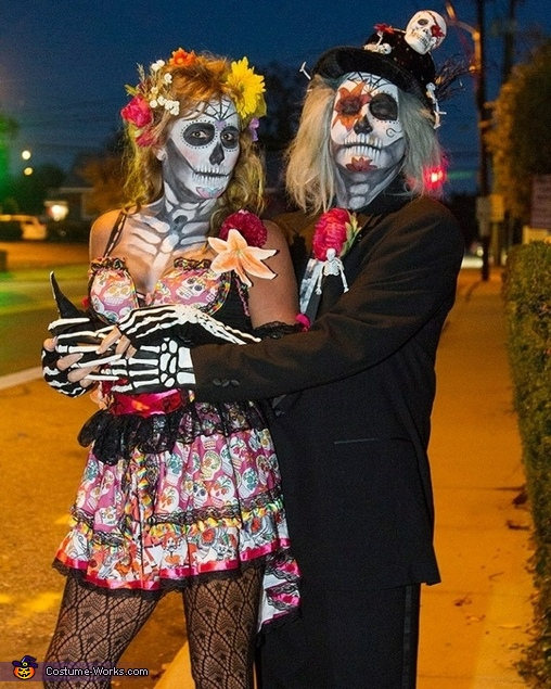 Sugar Skull Couple Costumes