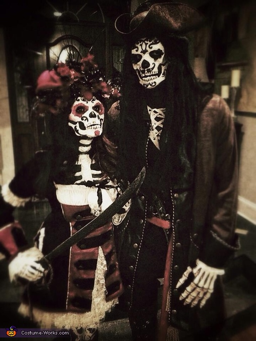 Sugar Skull Pirates Costume