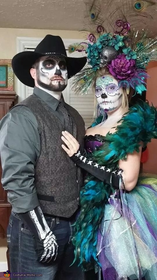 coolest couples halloween costumes sugar skulls costume