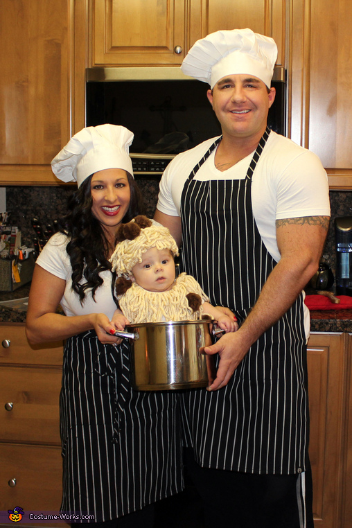 We made dinner!, Sunday Dinner Family Costume