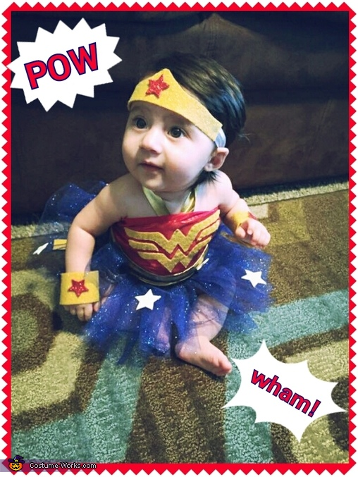 Hayden the Wonder Woman, Super Family Costume