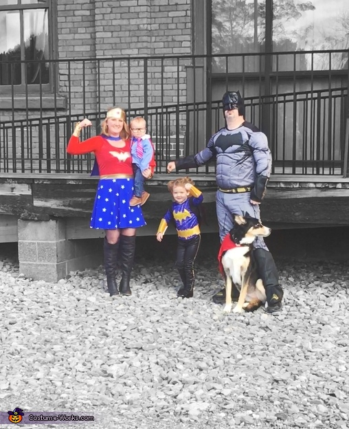Super family 2, Super Family Costume