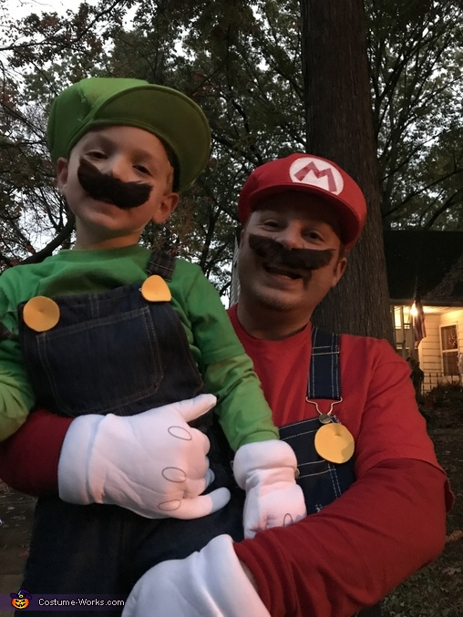 Mario Brothers, Super Mario Family Costume