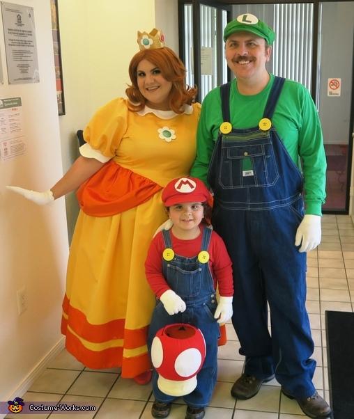 Super Mario Family Costume Unique Diy Costumes