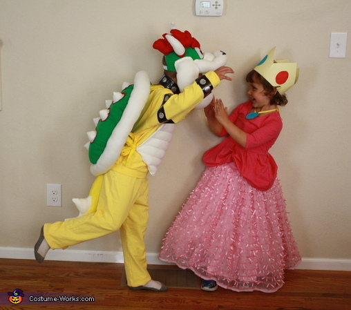 Bowser and Peach, Super Mario World Bowser Costume