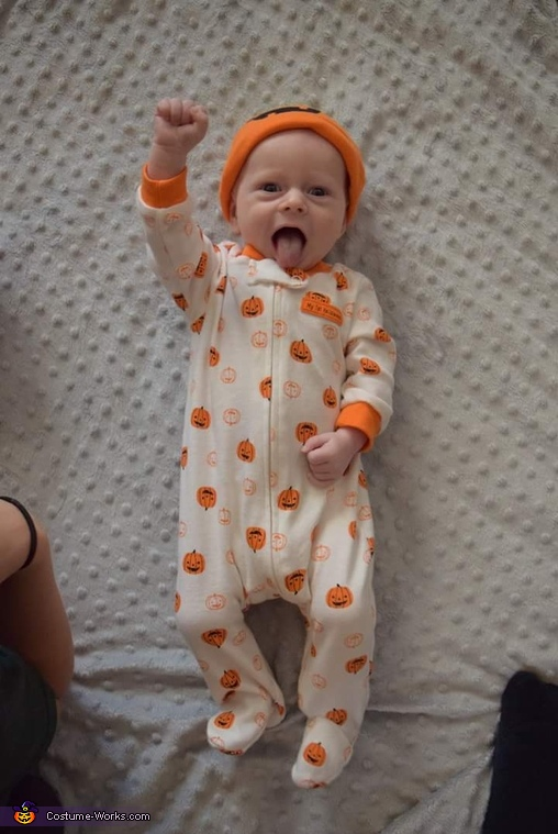 Super Pumpkin Baby Costume