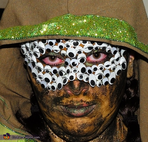 Zoom of my many eyes, Swamp Monster Costume