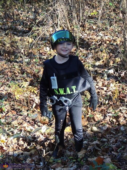 SWAT man, SWAT Member Costume