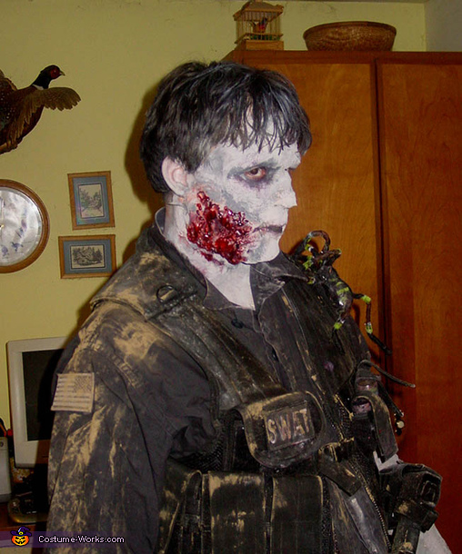Infected, SWAT Zombie Costume