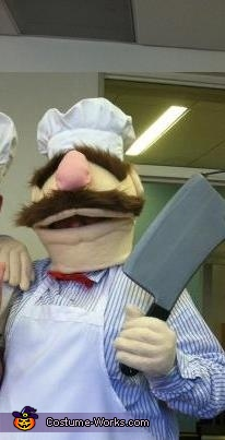 The Swedish Chef brandishing his giant cleaver, Swedish Chef Costume