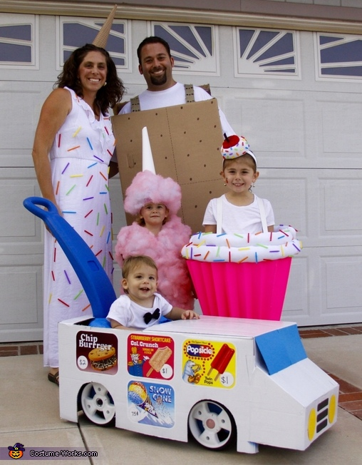 Sweet Family Costume