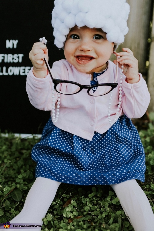 I am cuter than words!, Sweet Little Old Lady Costume