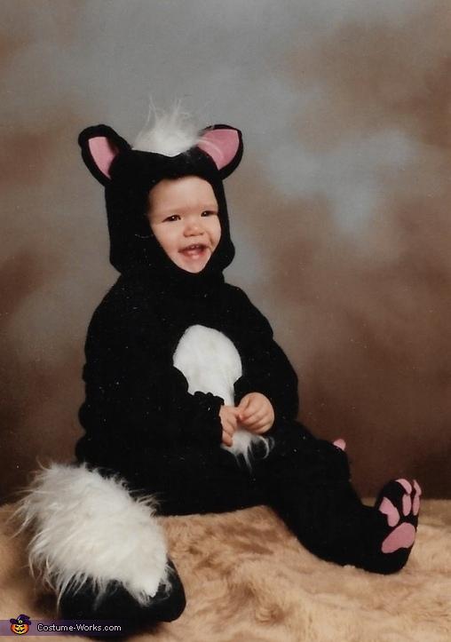 Sweet Skunk Costume