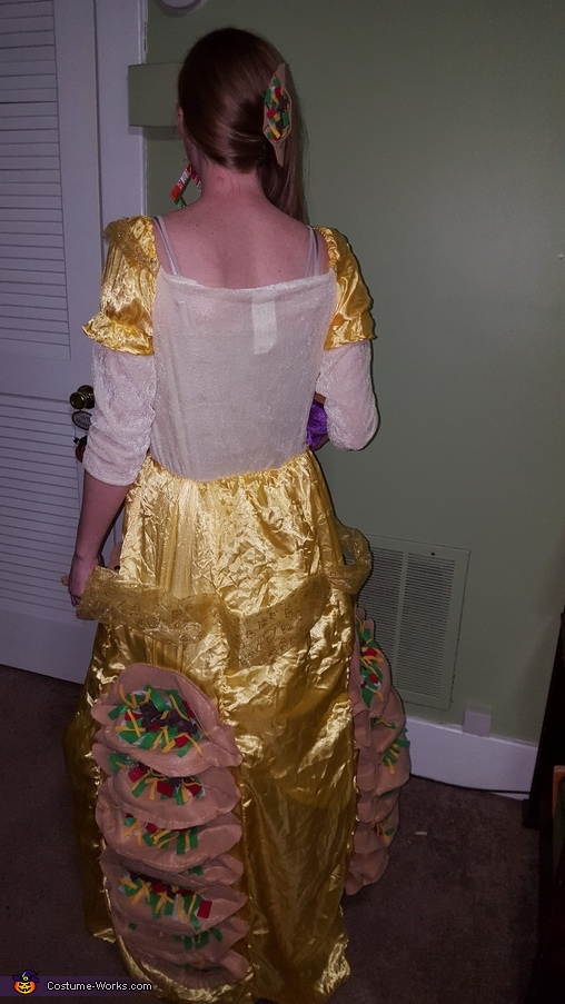 Back of dress, Taco Belle Costume