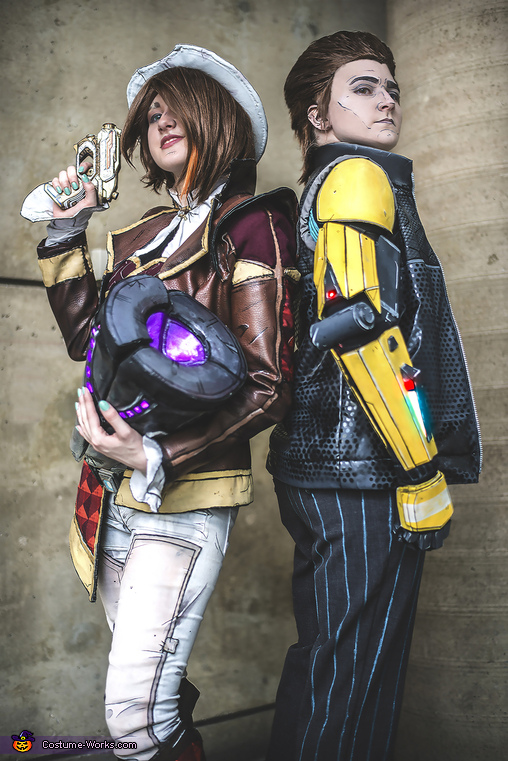 Fiona and Rhys with Vault Key, Tales from the Borderlands Costume