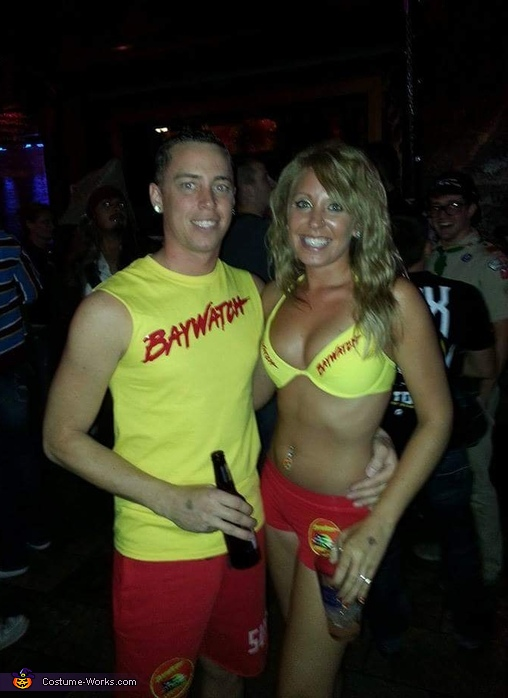 Bay Watch Hotties, Tanned up Hawaiian Couple Costume