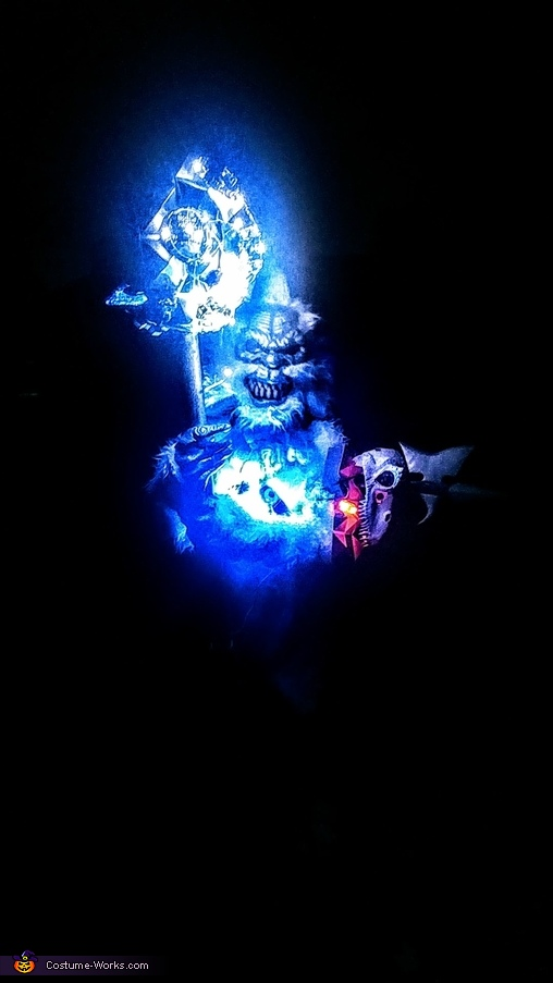 Scary things that go berserk in the night, Tartarus from Halo 2 Costume