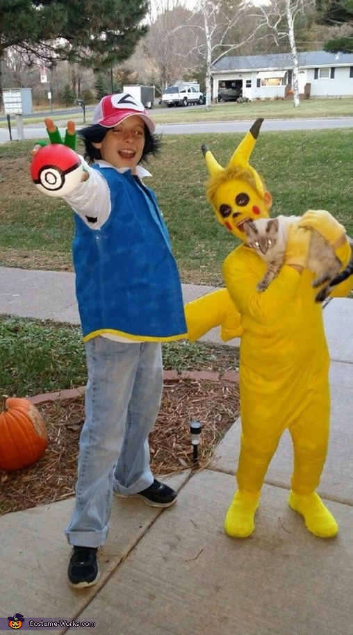 Pikachu and Ash Ketchum, Team Pokemon Costume